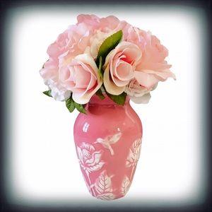 Silk Floral Arrangement in Ceramic Vace Pink
